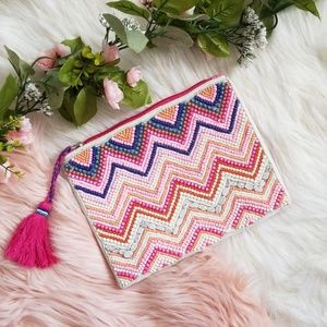 Handbags - Pink Beaded Clutch